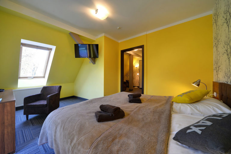 apartament-2-pokojowy-na-poddaszu-z-balkonem1