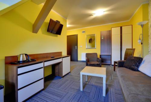 apartament-2-pokojowy-na-poddaszu-bez-balkonu1